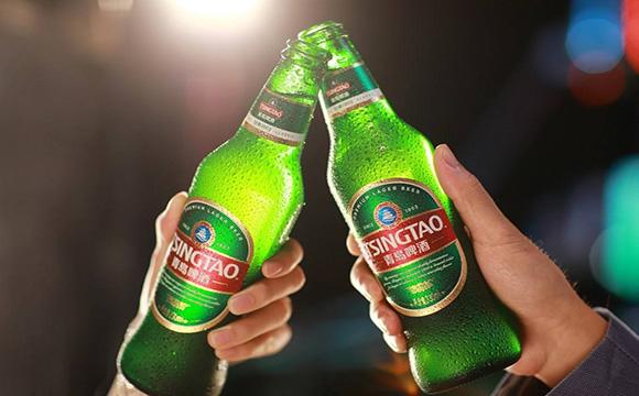 青岛啤酒开年广告超魔法,不容错过